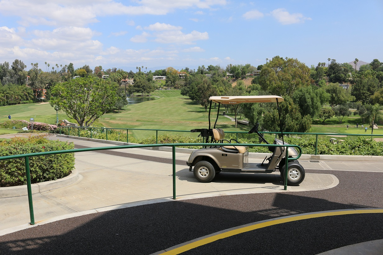 victoria-golf-club-rubber-cart-trail