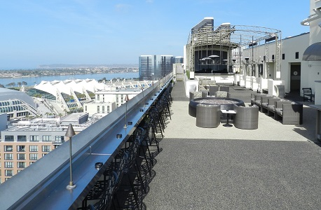 Rubber Flooring Hotel Rooftop Bar