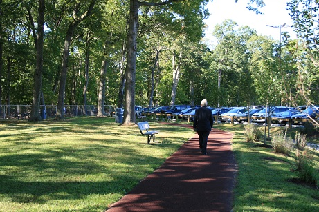 Rubberway porous rubber walking trail on corporate campus for health and wellness